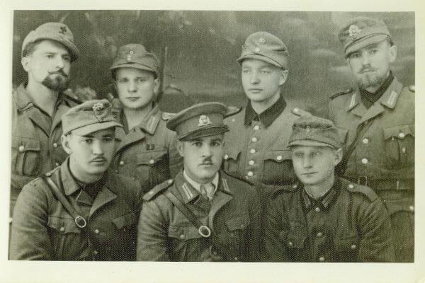 4. Karo kelias 1944-1945